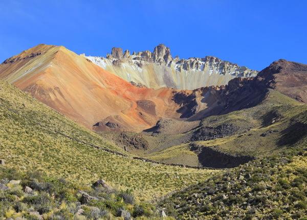 Tour Uyuni Volcán de Tunupa – Uyuni 2D/1N